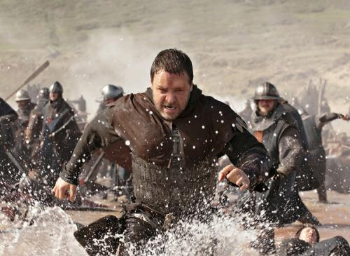 Robin Hood - Russell Crowe's legendary hero in the thick of things in Ridley Scott's rousing adventure movie