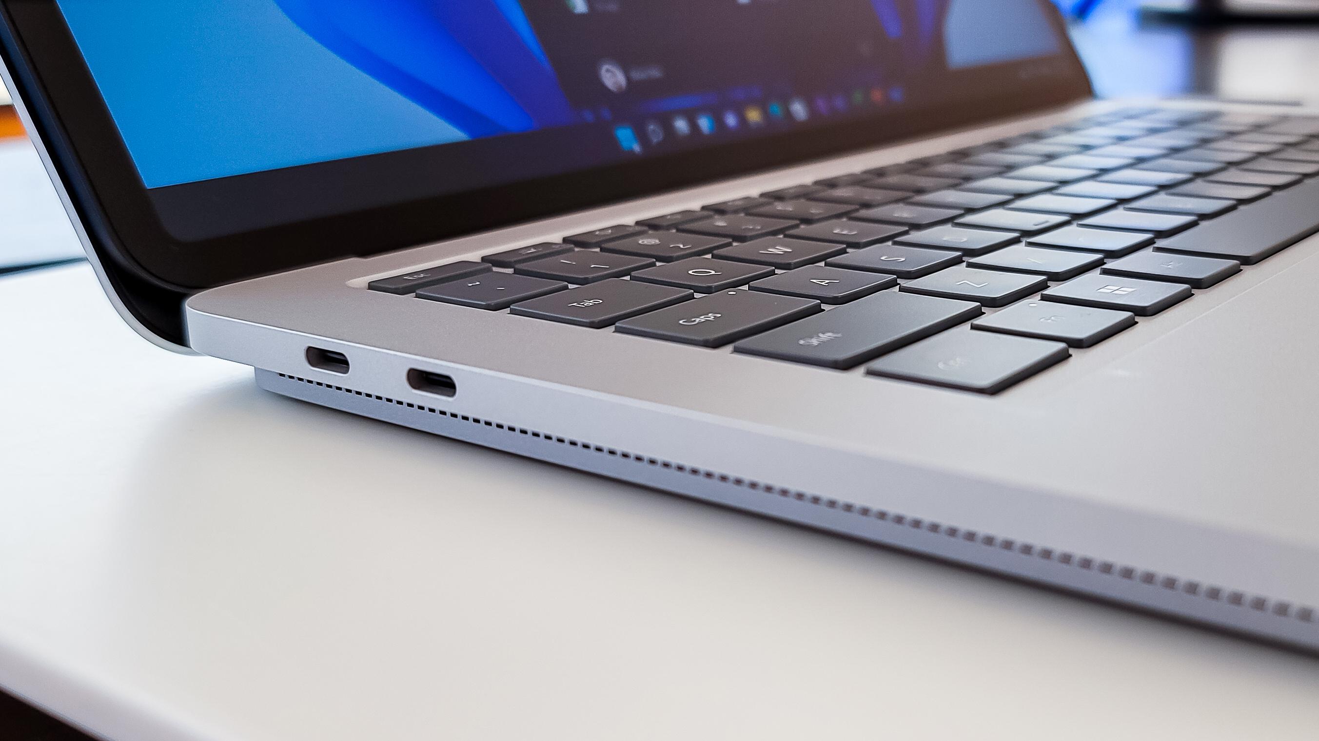 Surface Laptop Studio Thunderbolt 4 ports