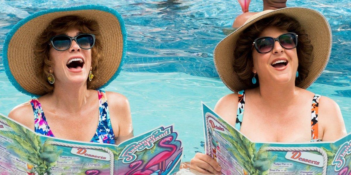 Почему вам нужно, чтобы Барб и звезда отправились в Vista Del Mar, несмотря на расплывчатый трейлер
