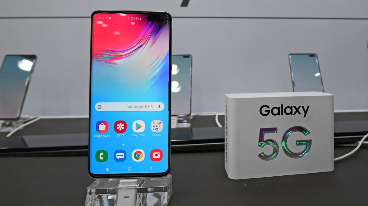 Should You Buy a 5G Phone in 2019? Here's the Pros and Cons