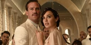 Gal Gadot Is Wearing 'Priceless' Bling In Death On The Nile
