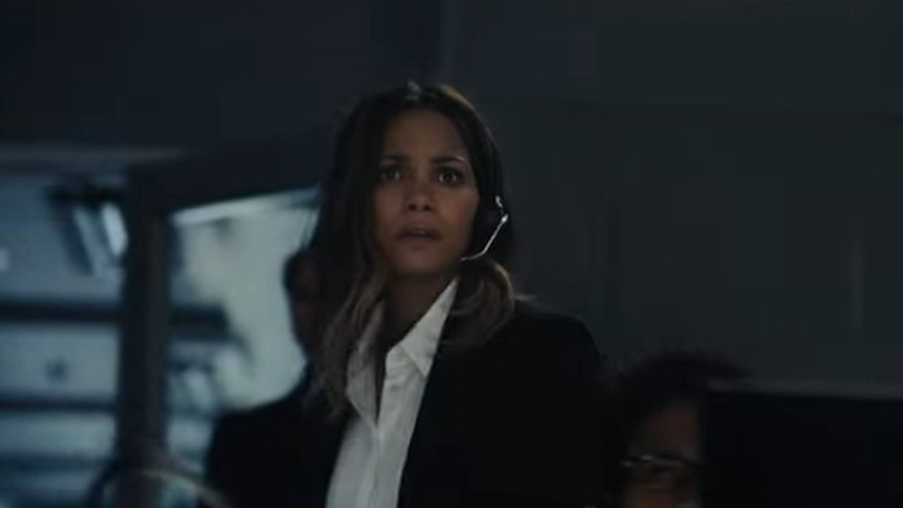 Halle Berry Gets Candid About Abuse, Being A Black Actress In Hollywood, And Becoming A Director