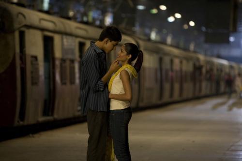 Slumdog Millionaire - Dev Patel & Freida Pinto