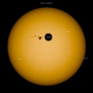 Sunspot AR1476 with Jupiter Size Comparison