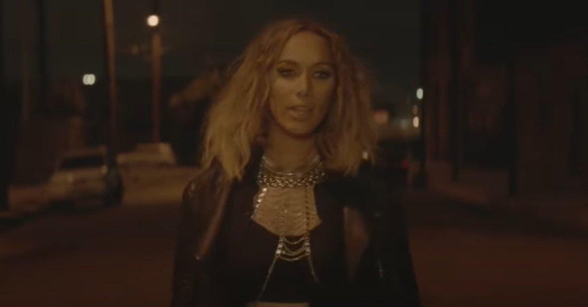 screenshot leona lewis i am music video