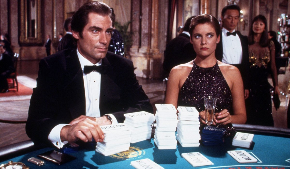 License To Kill Timothy Dalton and Carey Lowell at the card table