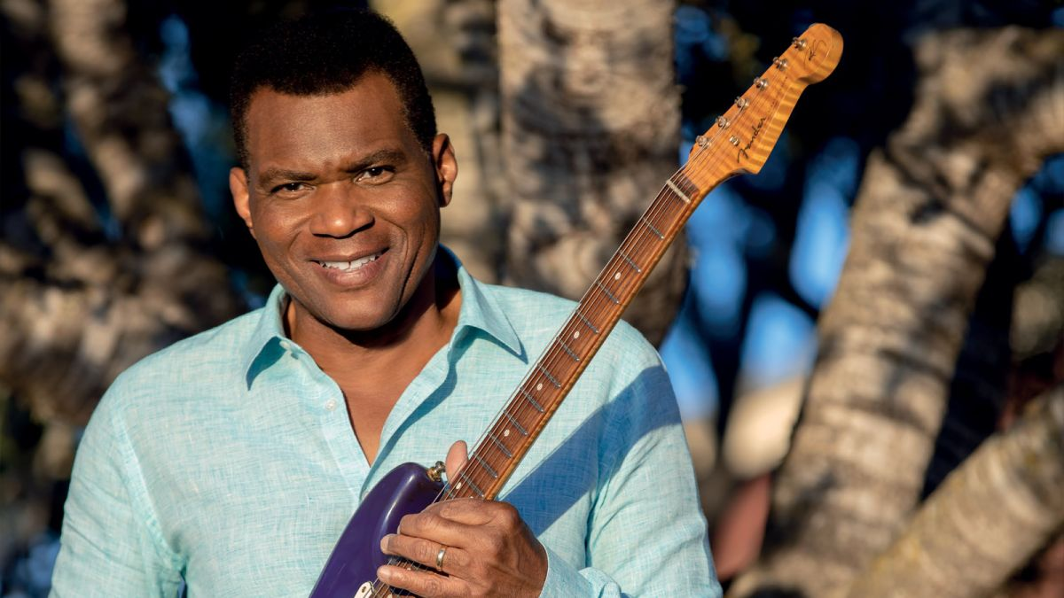 "Robert Cray: ""With solos, I just improvise and let it fly. It's what you're feeling right then and there"""