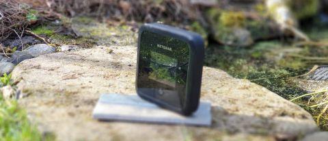 Netgear Nighthawk Mr5200 5g Wifi 6 Portable Mobile Hotspot Router Review Techradar