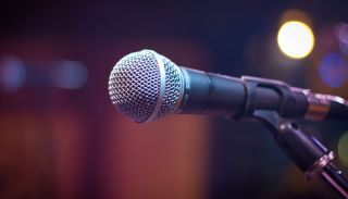 public speaking tips: microphone
