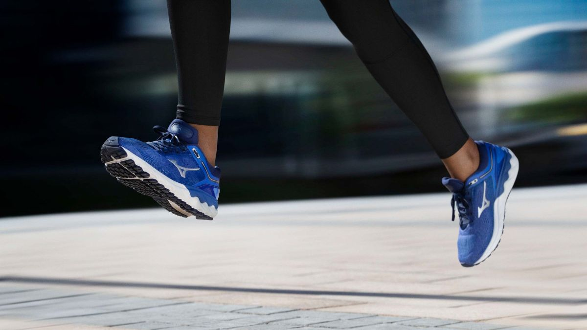 mizuno running shoes marathon reviews
