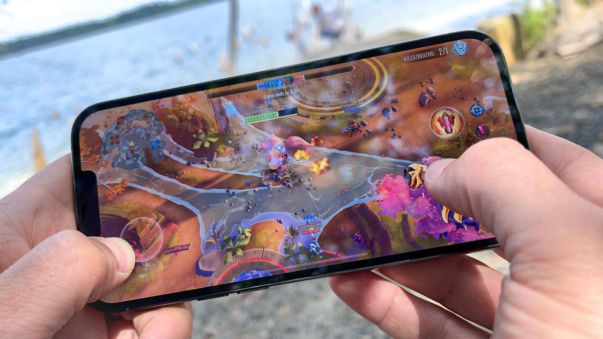 iPhone 13 benchmarks — Apple just blew away Android phones