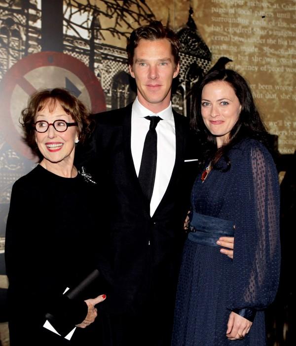 Una Stubbs, Benedict Cumberbatch, Lara Pulver