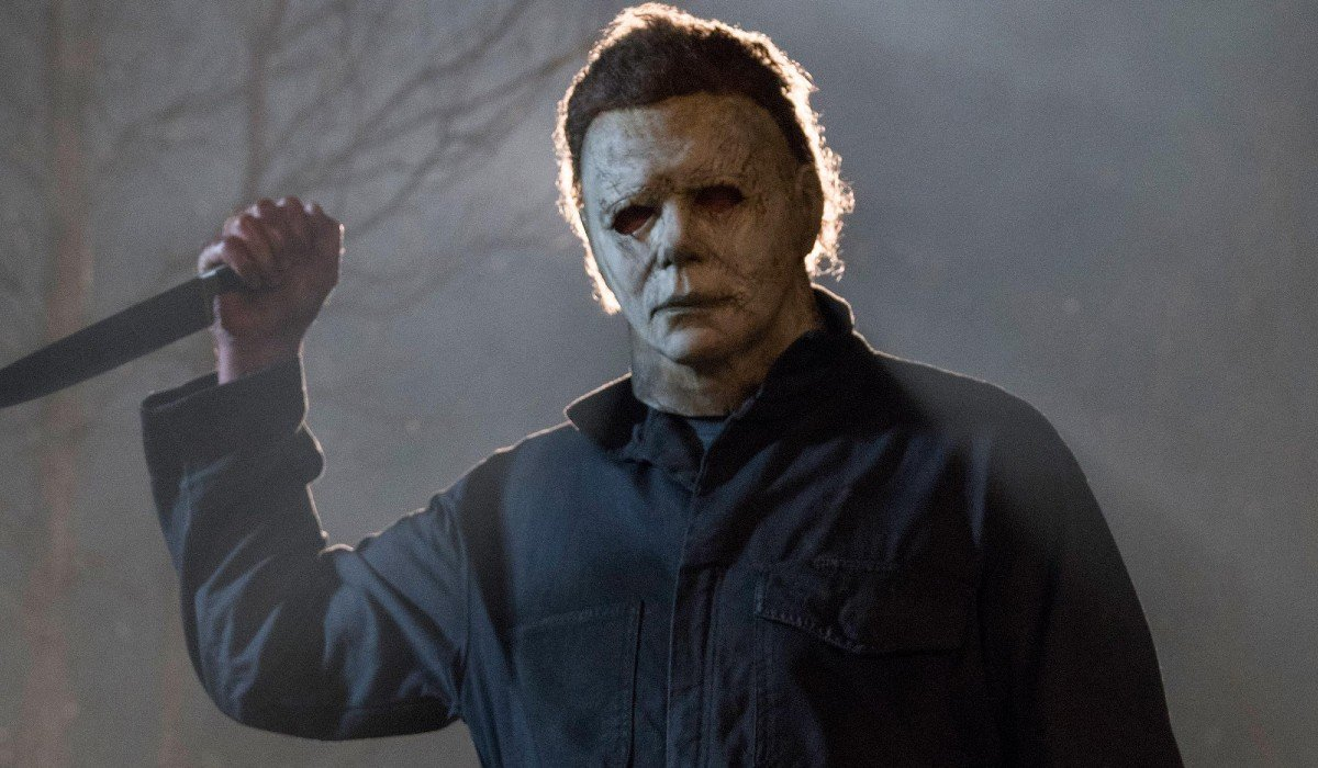 Michael Myers about to stab someone