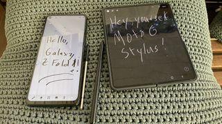 Samsung Galaxy Z Fold 3 vs. Moto G stylus 5g