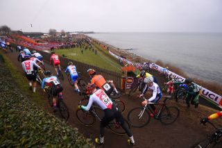 Junior men's cyclo-cross