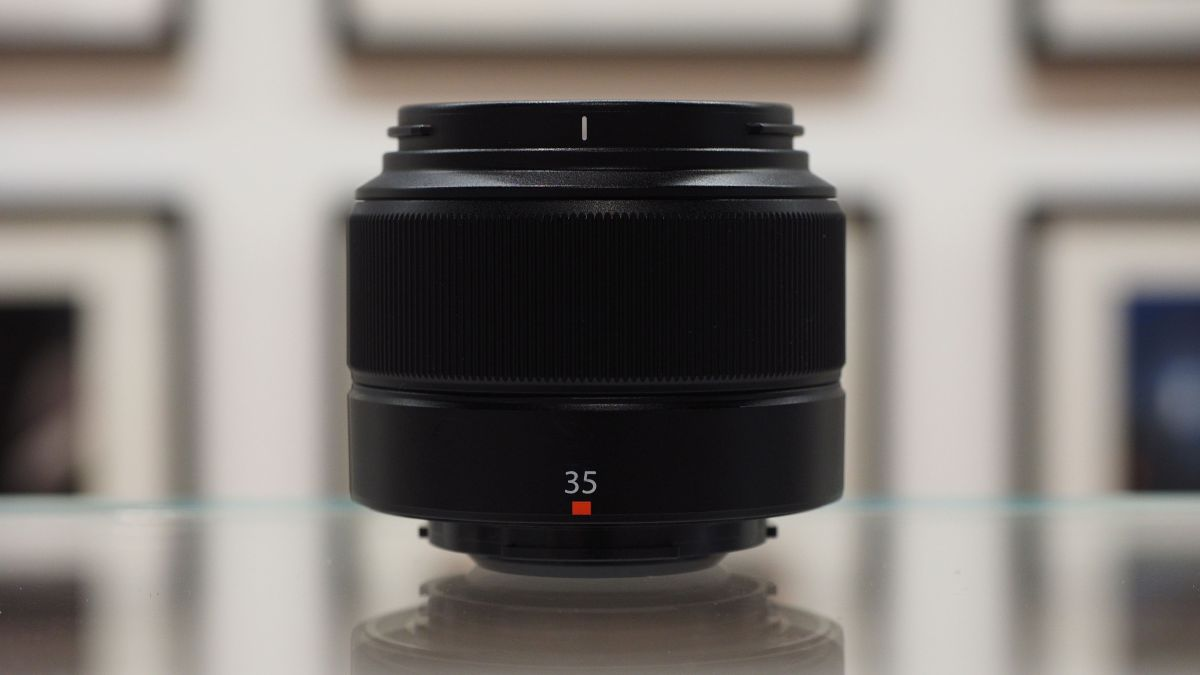 Hands on: Fujinon XC35mm F2 review