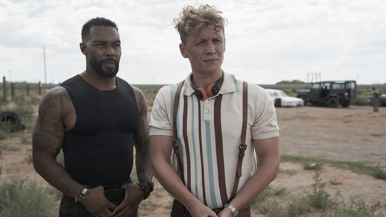 Omari Hardwick and Schweighöfer in Army of the Dead