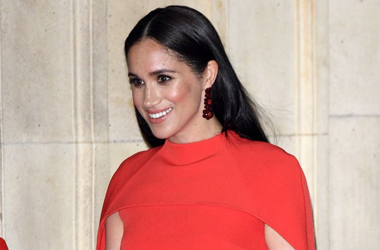 meghan markle special necklace hidden message prince harry