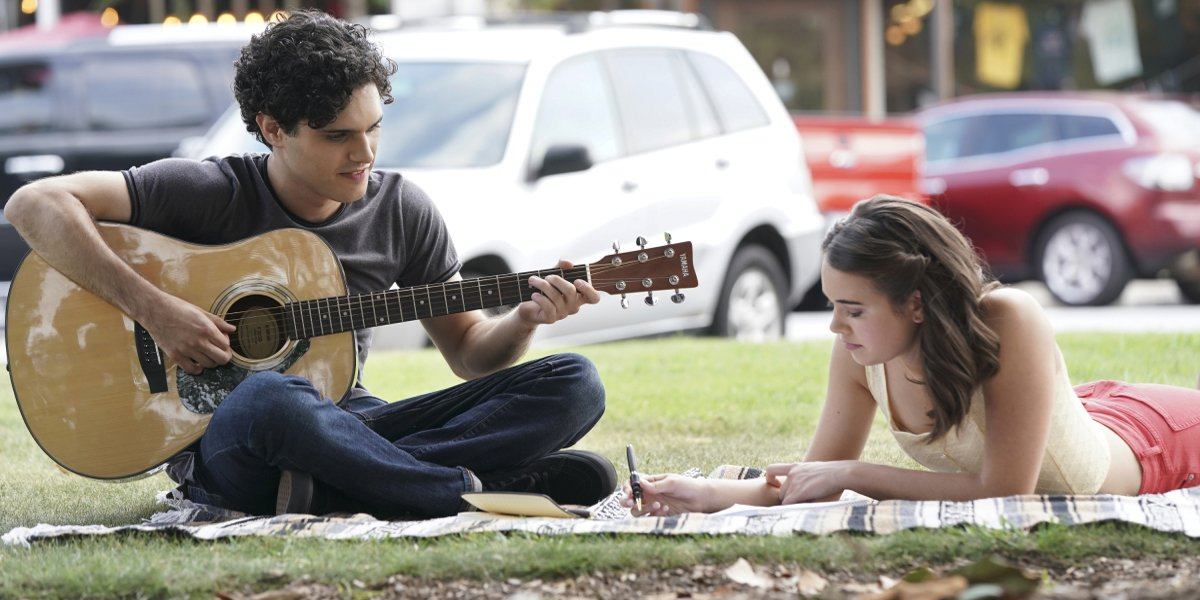 Legacies Season 2 2019 premiere Landon playing guitar for Josie The CW