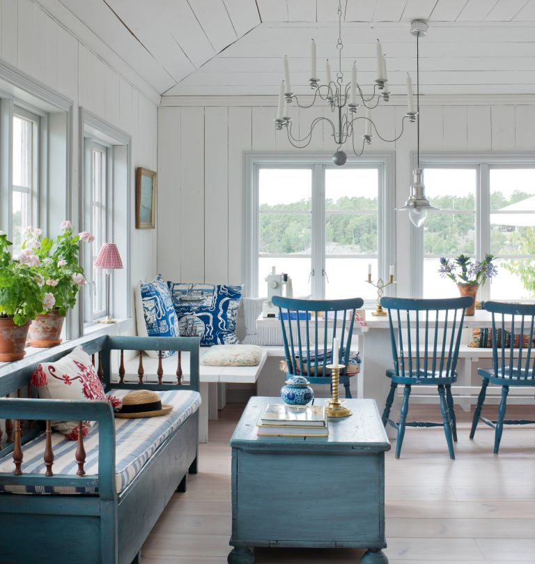 living diner in a Swedish island home
