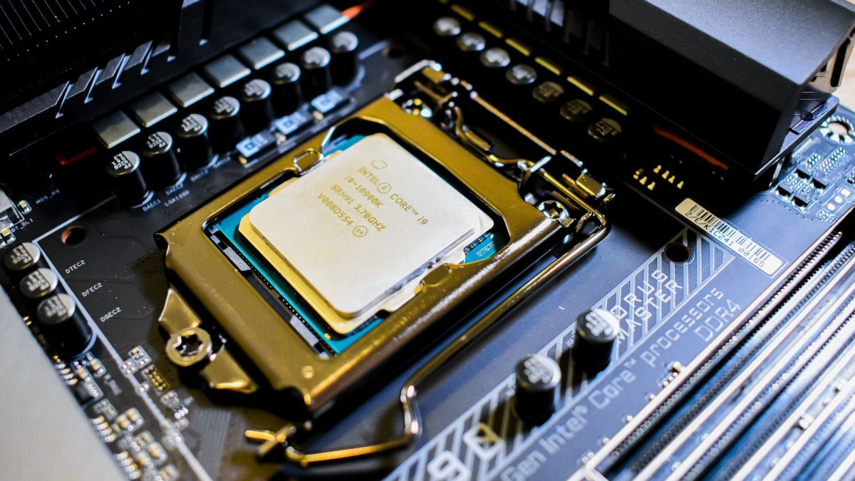 Intel defends against AMD Ryzen 5000 with tease of 11th Gen Rocket Lake info