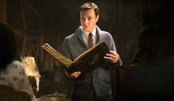 charmed rupert evans harry greenwood the cw