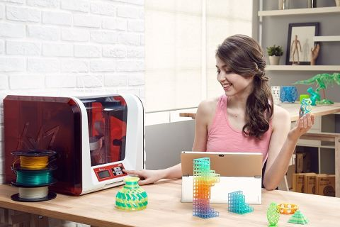 XYZ da Vinci Jr  2 0 Mix Review: 3D Printer's Color-Blending