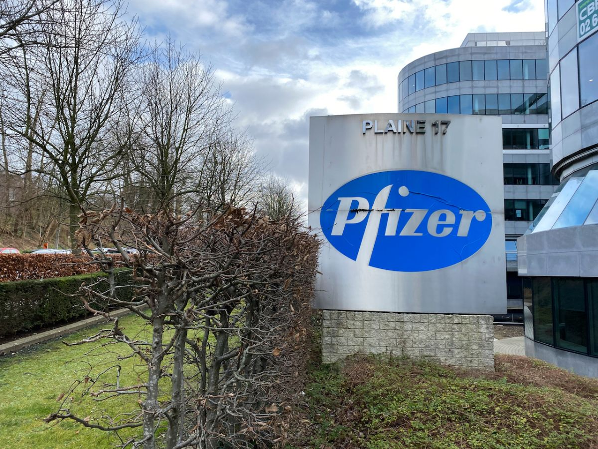 Pfizer/BioNTech take first step toward full approval for COVID-19 vaccine