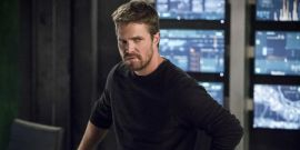Arrow's Stephen Amell Blasts Commenter For Rude Anniversary Post