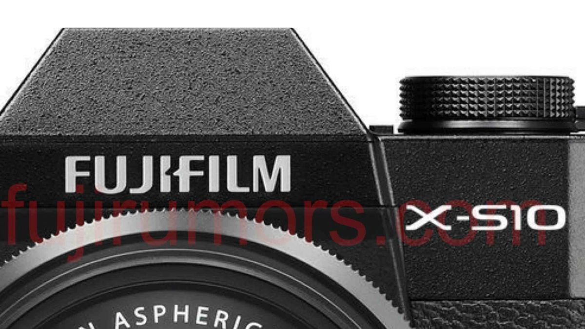 New Fujifilm X-S10 will have SLR-styled body according to new rumor