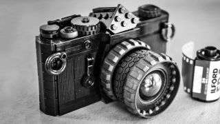 This Lego film camera set brings a classic back to life
