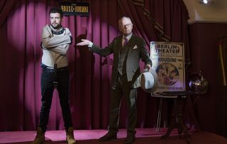 Jack Whitehall - Travels with My Father