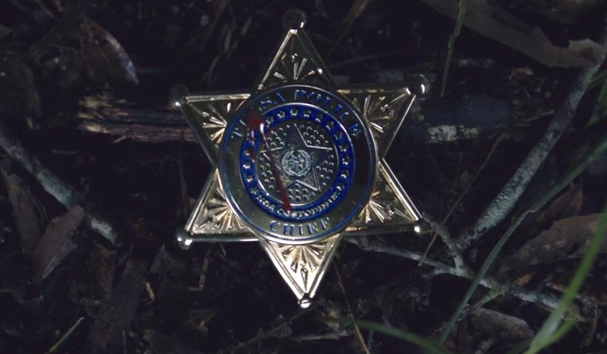 watchmen tv show blood on badge