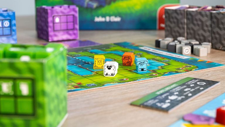 Best new board game 2021 Cubitos in play