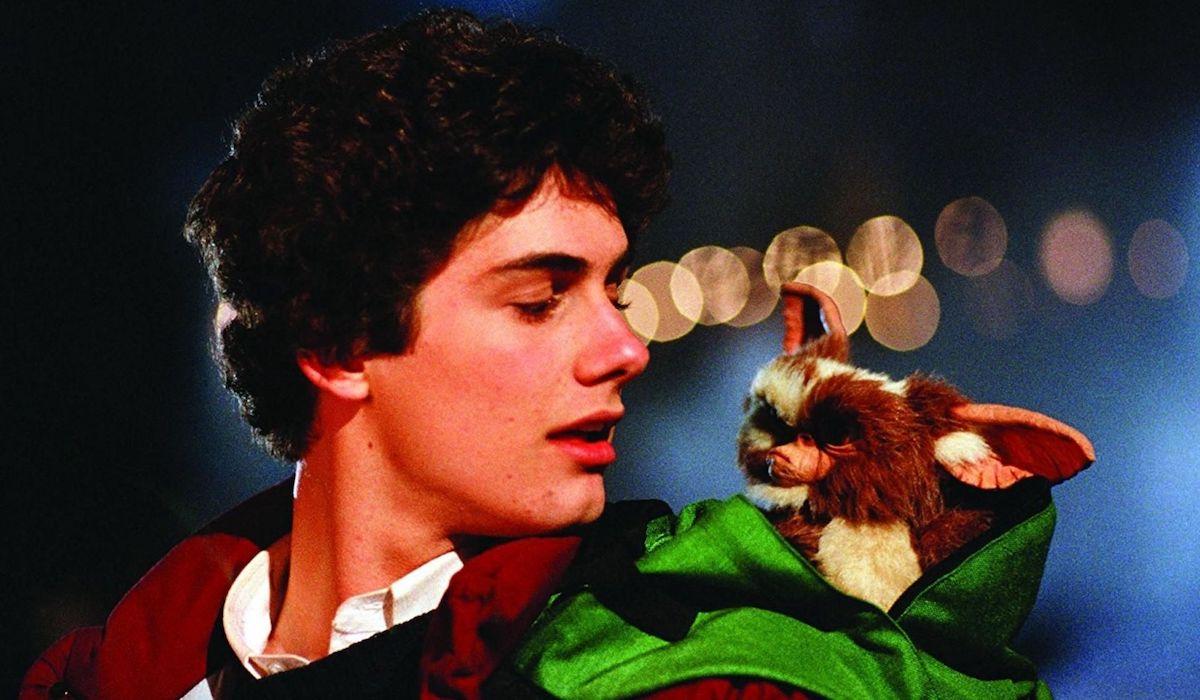 Zach Galligan as Billy Peltzer in Gremlins