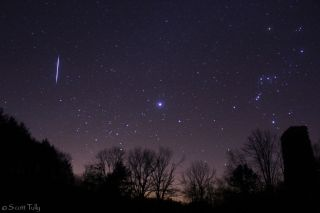2012 Leonid Meteor Over Connecticut