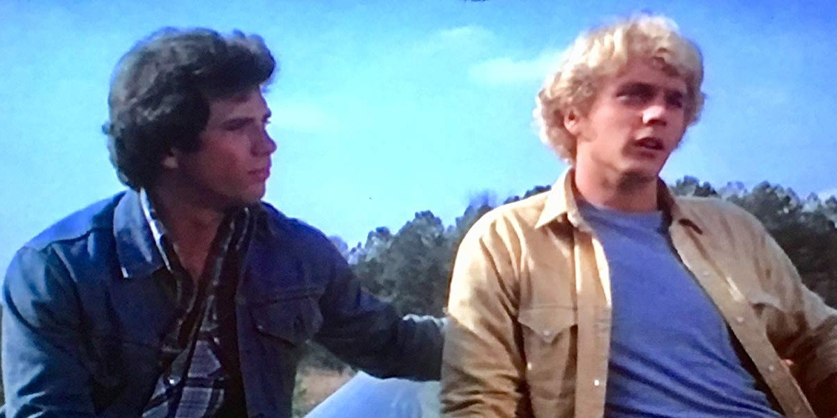 Tom Wopat as Duke Luke and John Schneider as Bo Duke on The Dukes of Hazzard