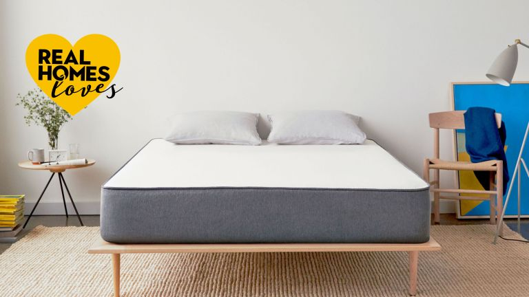 casper mattress on low bed frame