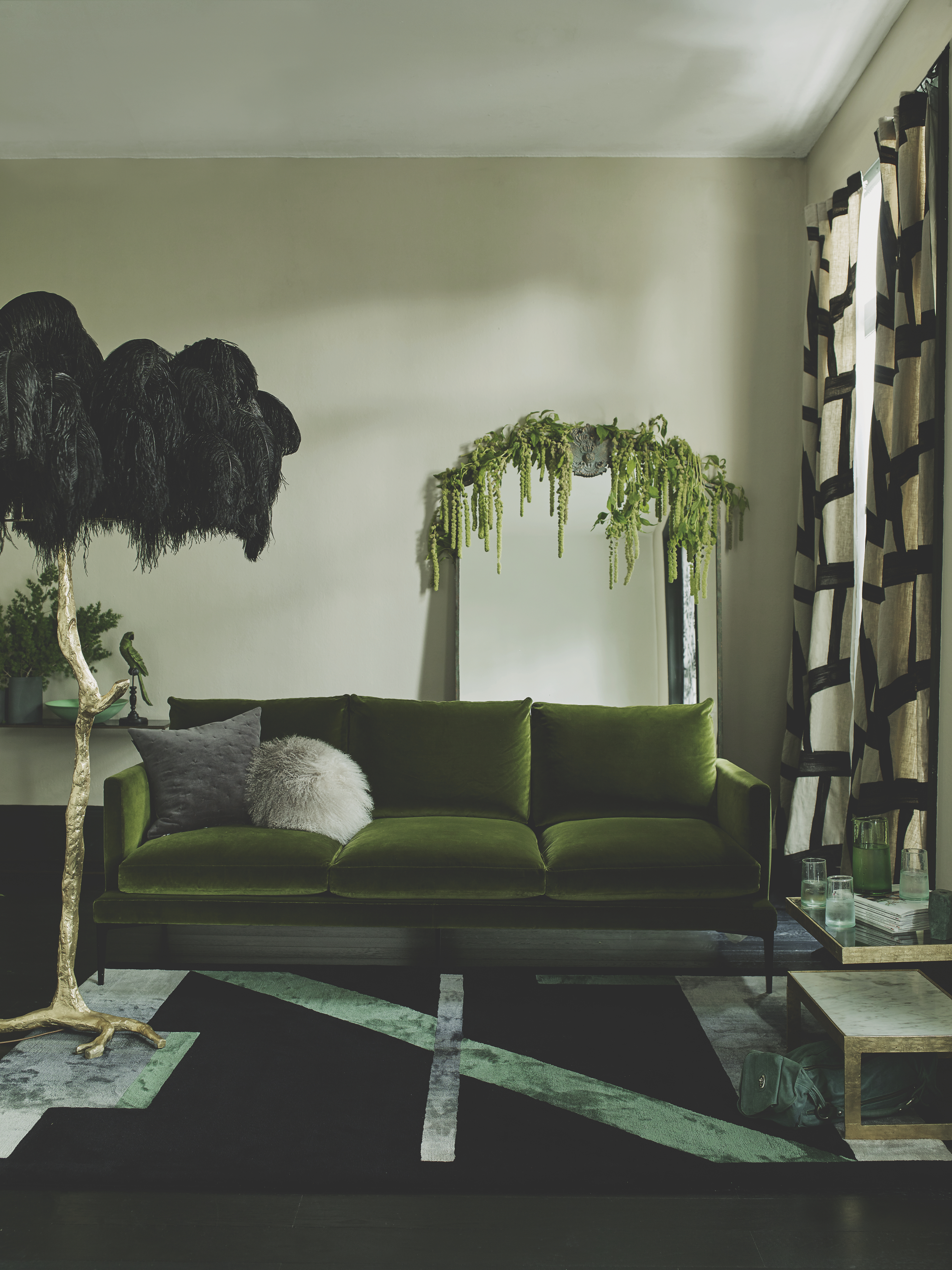Astonishing Forest Green Decor Ideas Home Interior And Landscaping Spoatsignezvosmurscom
