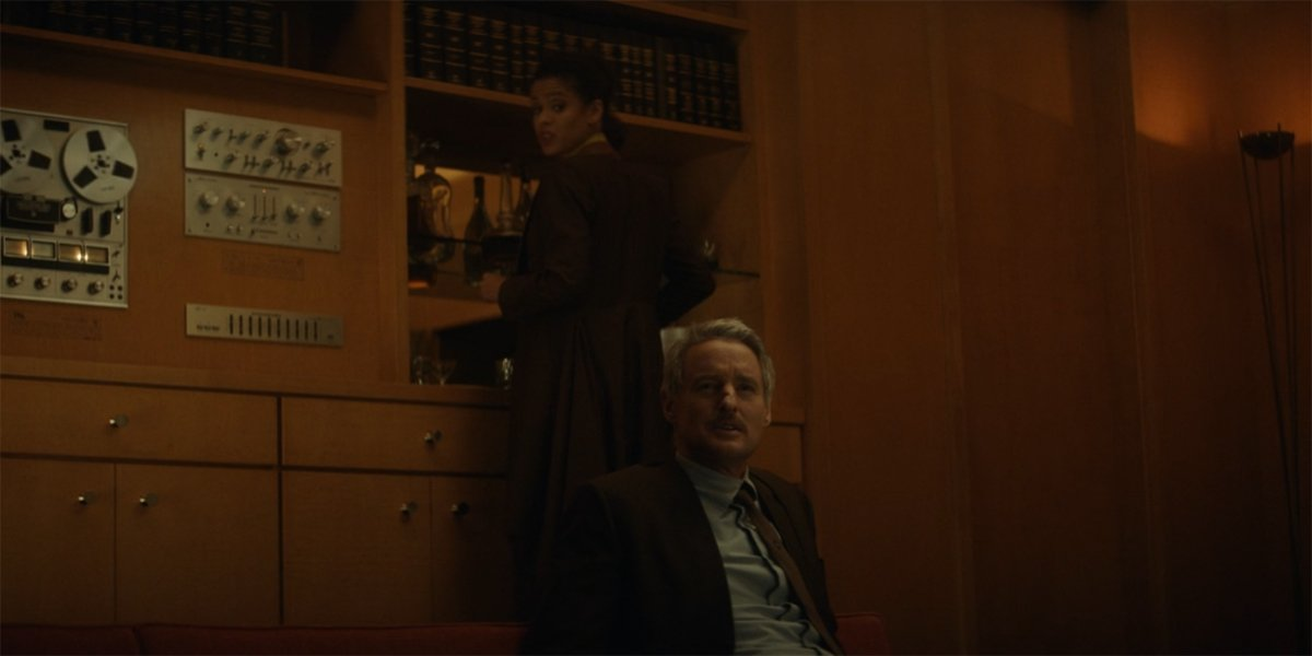 Renslayer and Mobius in Renslayer's office in Loki Gugu Mbatha Raw and Owen Wilson