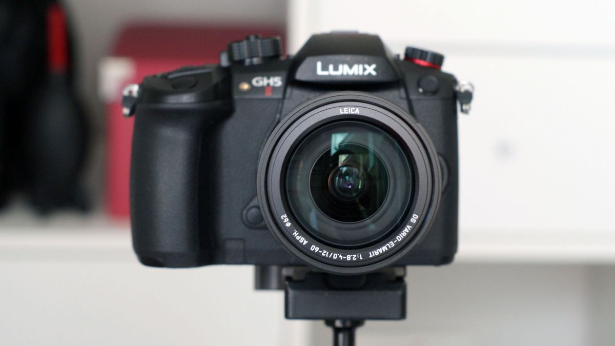 Best cameras for vlogging 2021: the 15 finest choices for video creators | TechRadar thumbnail