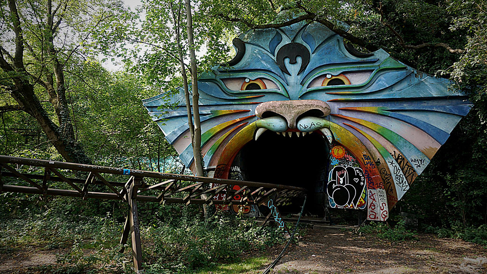 Spreepark Berlin abandoned rollercoaster