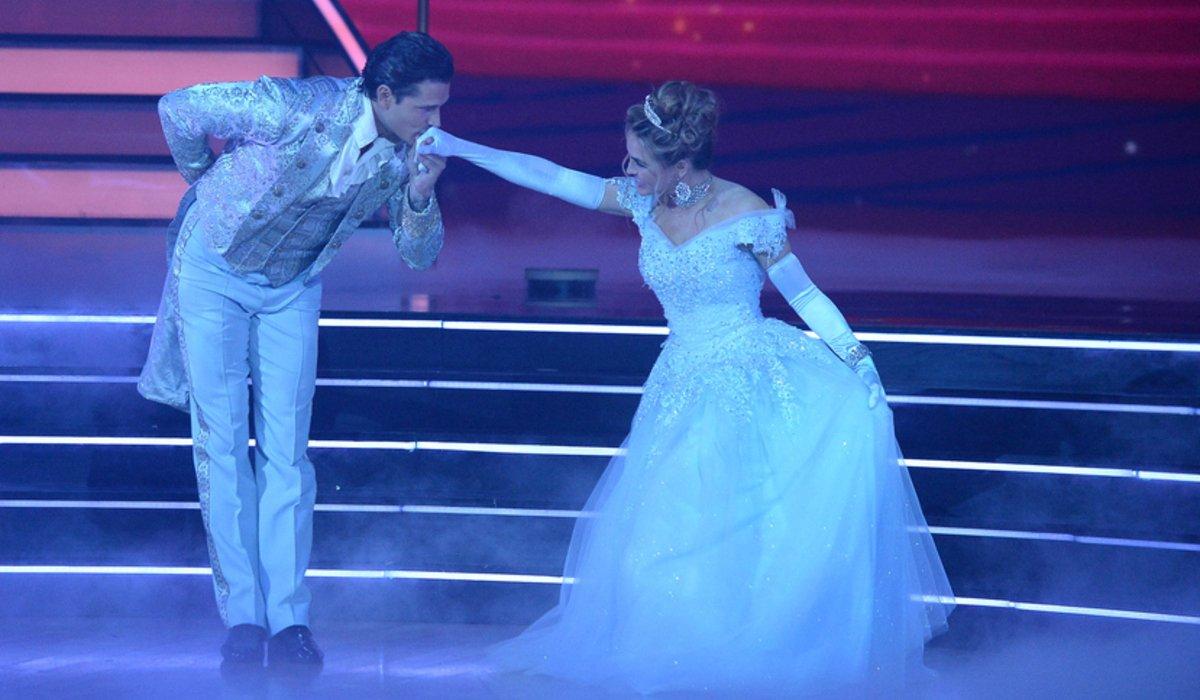 Chrishnell Stause and Gleb Savchenko dwts disney night