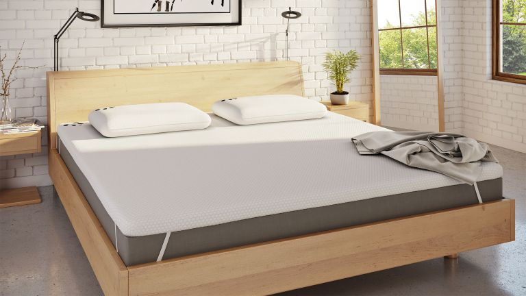 Best mattress toppers: Panda the Topper