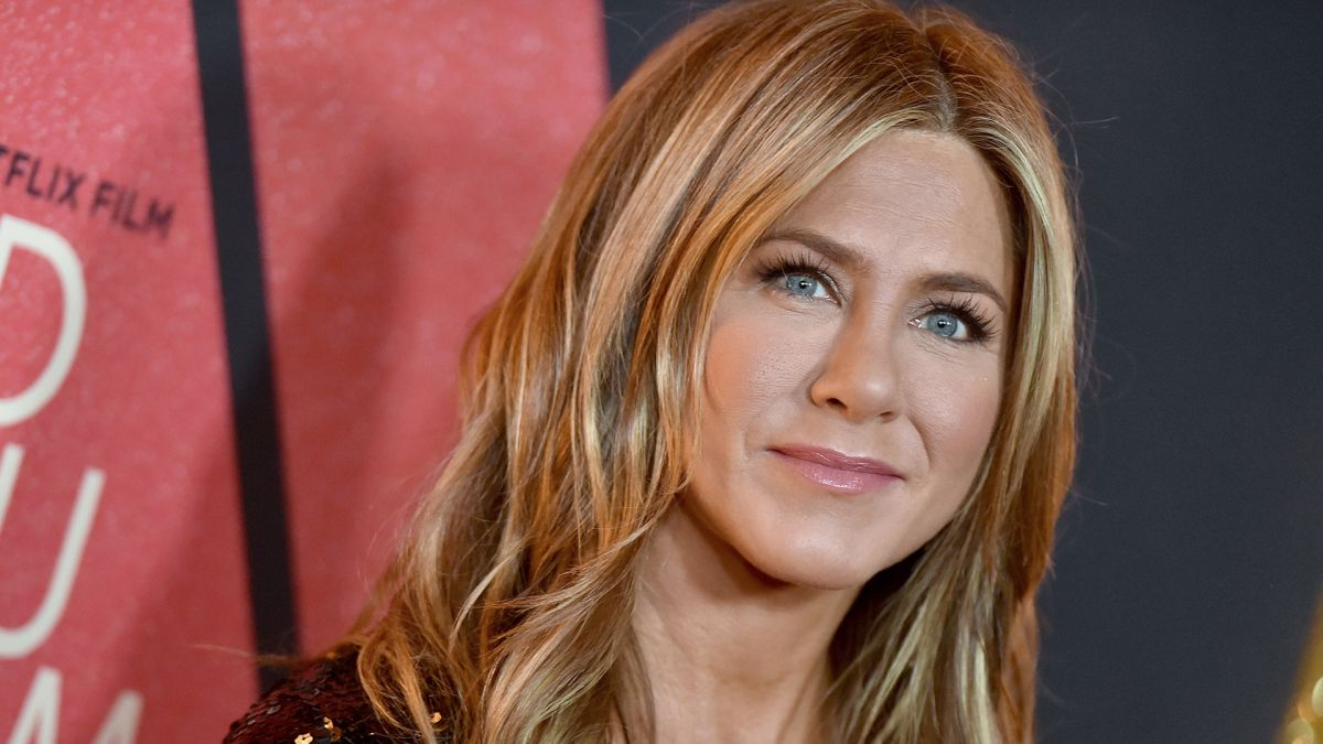 This is where you can buy Jennifer Aniston's signature lipstick shade