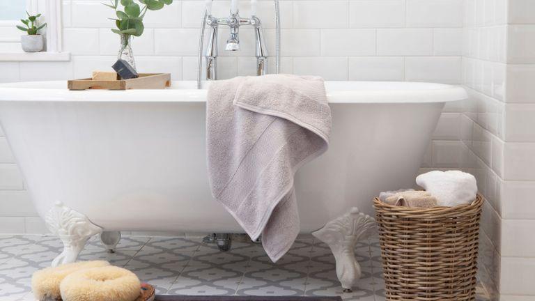 Bath towel by Dip & Doze