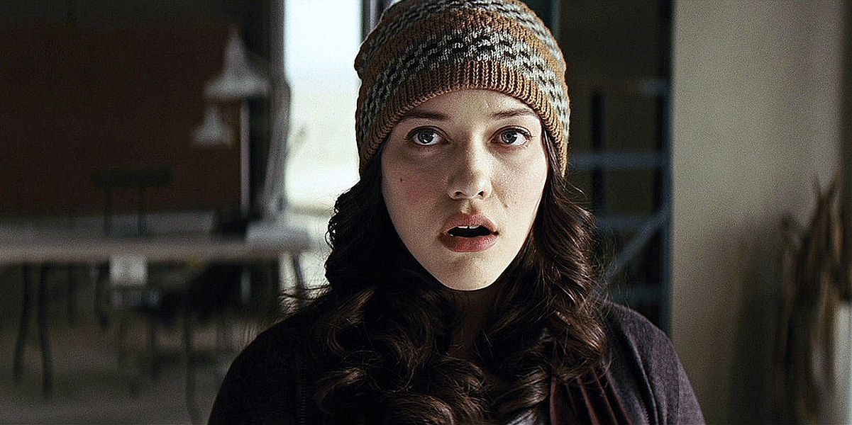 Kat Dennings as Darcy in Thor: The Dark World