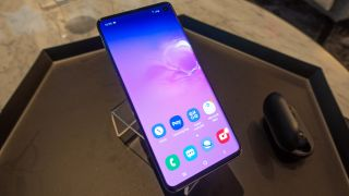 Samsung Galaxy S10 vs iPhone XS | TechRadar