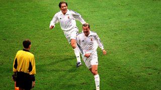 Zinedine Zidane Bayer Leverkusen 2002
