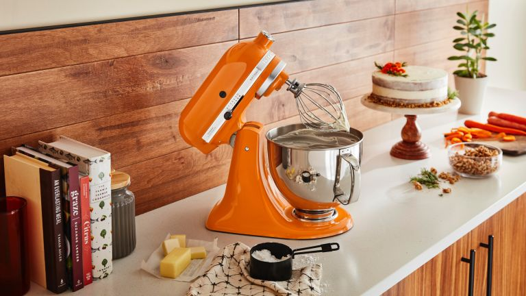 Best stand mixer: kitchenaid classic Artisan stand mixer